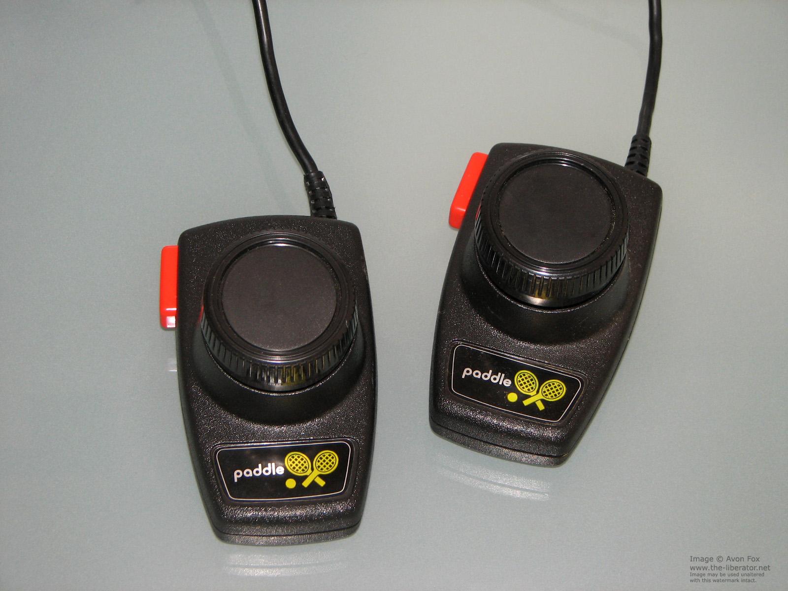 Atari-2600-Paddles-001.JPG