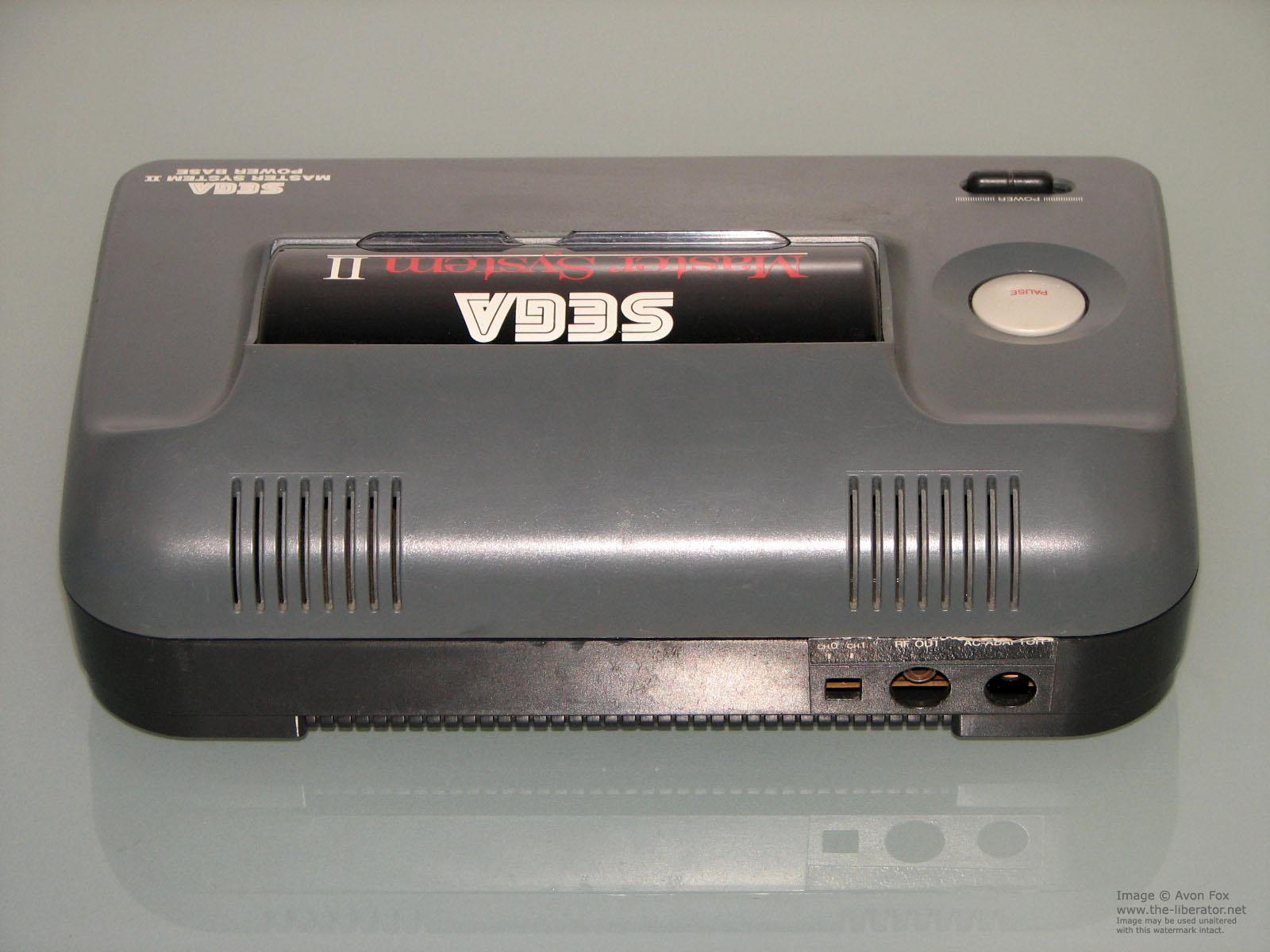 Sega master system ii power base disassembled - Console sega master system 2 ...